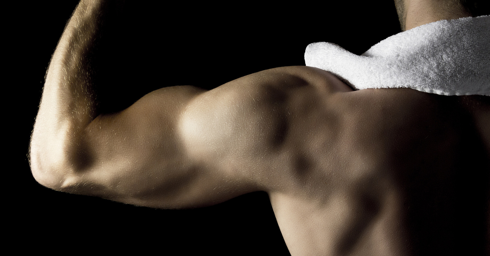 vad händer när man styrketränar